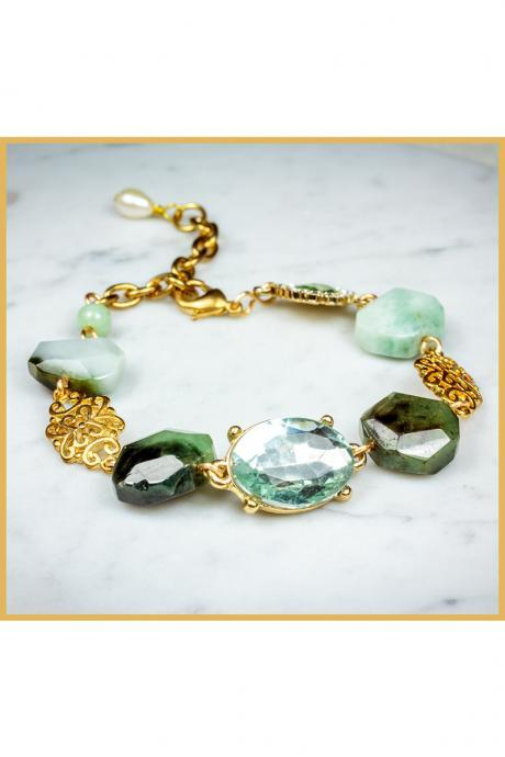 Chunky Jadeite Beads Bracelet with Freshwater Pearl Charm